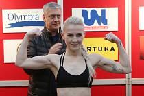 Mistryně světa v boxu Fabiana Bytyqi přijede do Děčína na talk show Silný řeči.