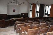 Interiéry bývalé podmokelské knihovny.