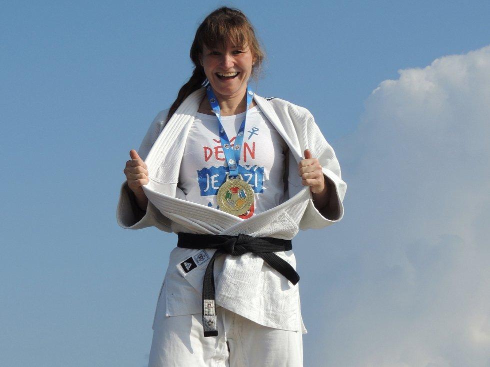 JSEM NEJLEPŠÍ. Děčínská judistka Lenka Königová vyhrála mistrovství světa. Sympatická hnědovláska vyhrála světový šampionát již počtvrté.