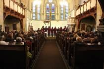 Hudba lidí dobré vůle zaplnila evangelický kostel v Děčíně.