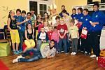 Fotbalisté FK Varnsdorf potěšili děti.
