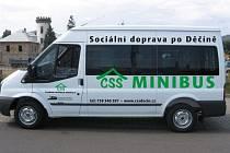 Od počátku ledna 2009 můžete v ulicích města spatřit bílý transit s velkým nápisem CSS MINIBUS – Sociální doprava po Děčíně