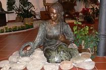 Sochařka vystavovala například v Šumperku.