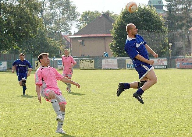Seniorské utkání Šluknov versus Benešov n. Pl.