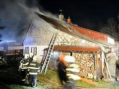 Požár domu v Jiříkově.