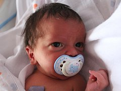 Zdeňce Loudové z Markvartic se 16. listopadu v 7.23 v děčínské porodnici narodil syn Matyášek Louda. Měřil 53 cm a vážil 3,38 kg.
