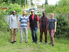 Návštěva z Etiopie: Muhuddin Abdella a ředitel IT oddělení Asaye Assissie, Ondřej Nol, ředitel oddělení Hydrogeologie společnosti Aquatest, Jiří Šíma a Barbora Ludvíková.