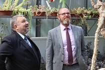 Ministr školství Robert Plaga na zemědělské škole v Libverdě.