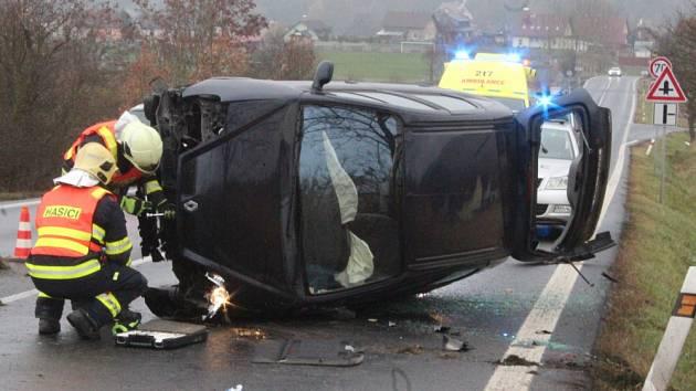 Nehoda u Ludvíkovic.