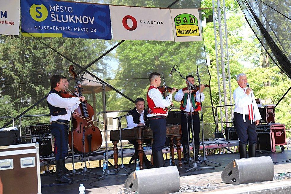 Zámecké slavnosti ve Šluknově.