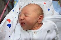Mamince Janě Komendové z Děčína se 3. dubna v 10.25 narodila v děčínské nemocnici dcera Anna Žáková. Měřila 49 cm a vážila 2,68 kg.