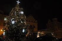 Rozsvícení vánočního stromu na Masarykově náměstí v Děčíně.