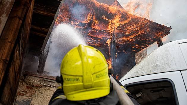 Požár v Krásné Lípě.