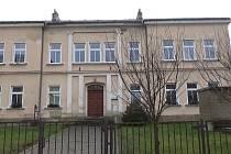 Bývalá škola v Brtníkách.