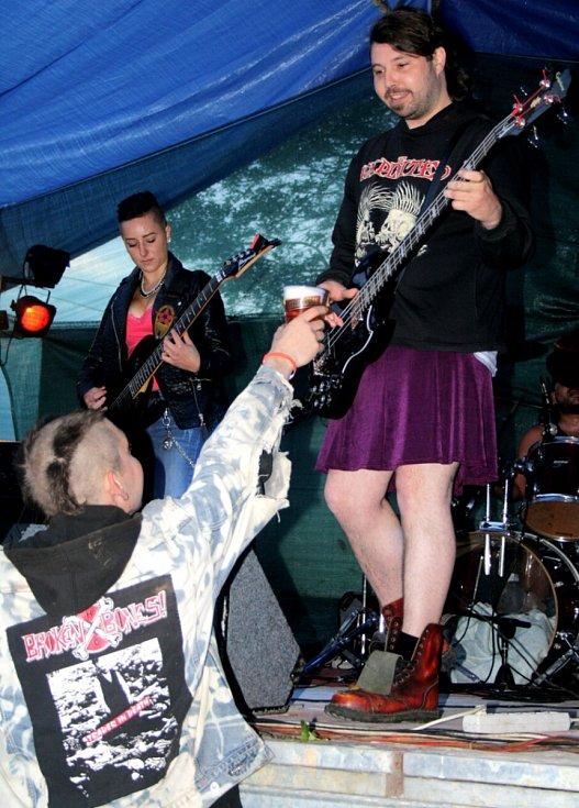 Rockfest v Růžové.