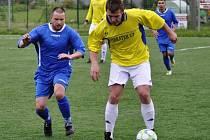 ŠLUKNOV (v modrém) prohrál v Srbicích 0:1.