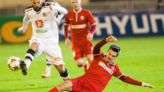 MATĚJ KOTIŠ si na podzim vyzkoušel prvoligovou soutěž v dresu Hradce Králové. Nyní se vrací zpět do FK Varnsdorf.