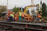 Motoristé v Děčíně se musí připravit na velké komplikace v dopravě. Od pátku 9. října je totiž na deset dnů pro veškerou dopravu zcela uzavřen železniční přejezd v Litoměřické ulici.