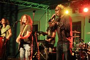Reggae skupina Švihadlo.