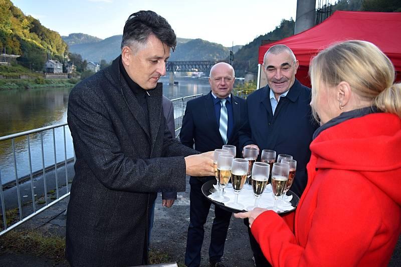 V Děčíně začala rekonstrukce železničního mostu do Prostředního Žlebu.
