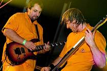 Toxic People hraje ostrý corossover a rap metal
