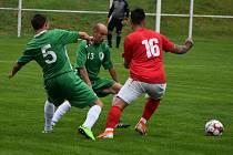 Heřmanov (zelené dresy) doma udolal Unčín 1:0.