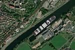 Loď Ever Given v loděnicích v Křešicích u Děčína.