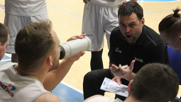 NEVYŠLO TO. Děčínští basketbalisté ztratili semifinále, čeká je boj o bronz.