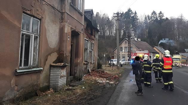 U domu, kde si je možné koupit trvalý pobyt, zasahovali hasiči.