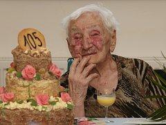 OSLAVA 105. narozenin proběhla ve čtvrtek dopoledne v krásnolipském domově důchodců a sociální péče.