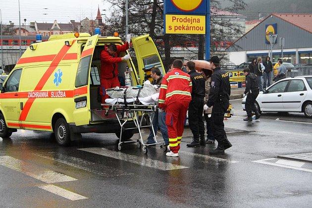 K dopravní nehodě chodce s nákladní Avii došlo v pondělí v dopoledních hodinách v Děčíně.