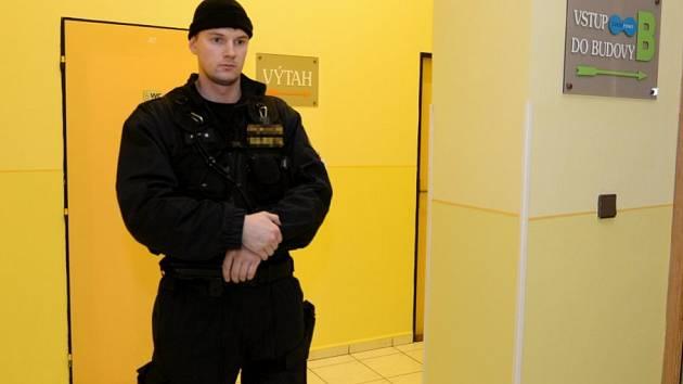 Policie vtrhla před časem i na rumburskou radnici.