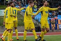 TŘI BODY! Varnsdorf (ve žlutém) doma udolal České Budějovice 3:2.