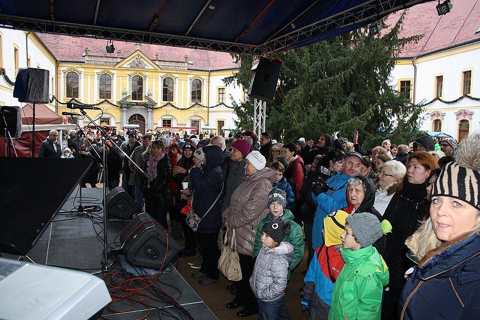 Vánoční trhy na děčínském zámku 2015.