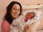 Deniska Pešáková se narodila Petře Hrivňákové z Děčína 13. března v 8.54 v děčínské porodnici. Měřila 49 cm a vážila 3,16 kg.
