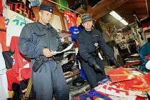 Razie na tržnici ve Hřensku
