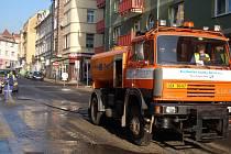 Do ulic města vyjedou zametací vozy, čištění města bude trvat přibližně tři měsíce.
