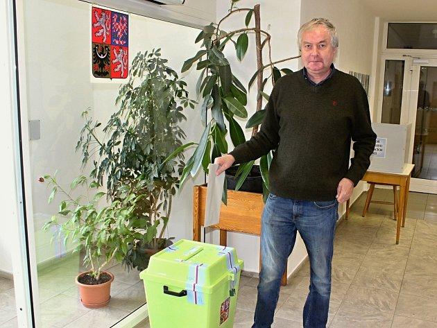 Náměstek děčínské primátorky Valdemar Grešík má odvoleno.