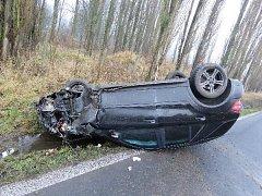 Auto Martina Fenina po nehoda u Libouchce.