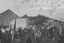 Poničené domy v Nové Vísce u Dolní Poustevny.