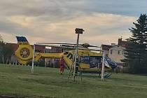 V Boleticích dítě vypilo louh, letěl pro něj vrtulník.