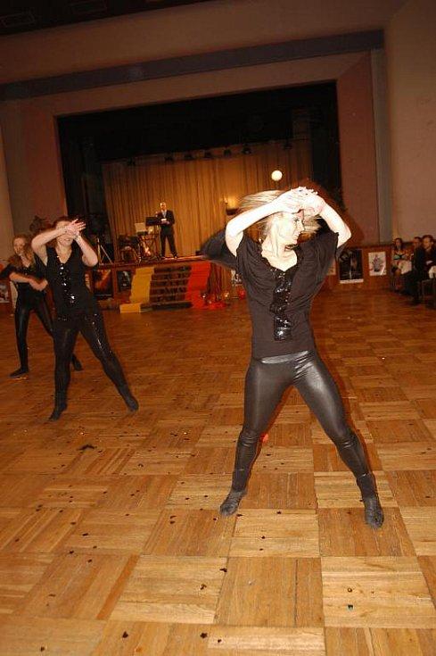 Maturitní ples Střední průmyslové školy chemická a stavební