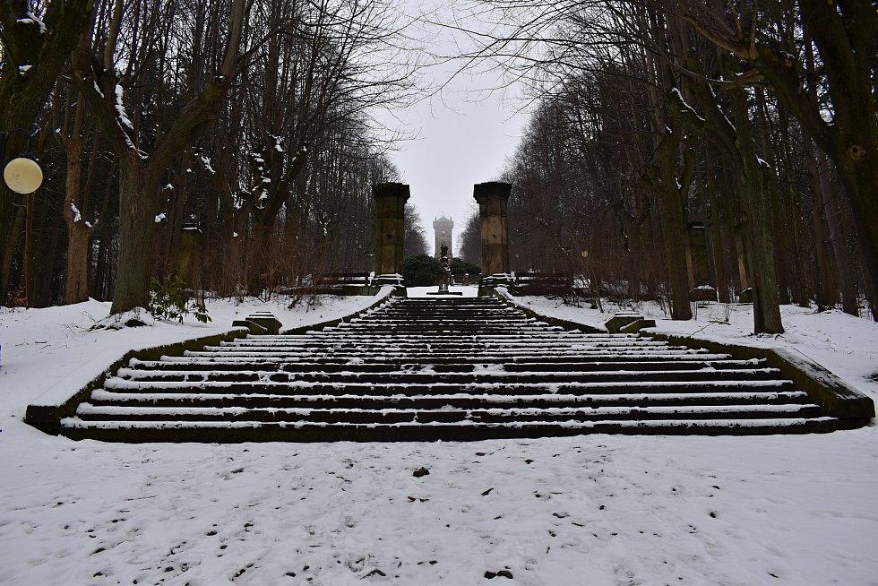 Křížová hora v Jiřetíně pod Jedlovou.