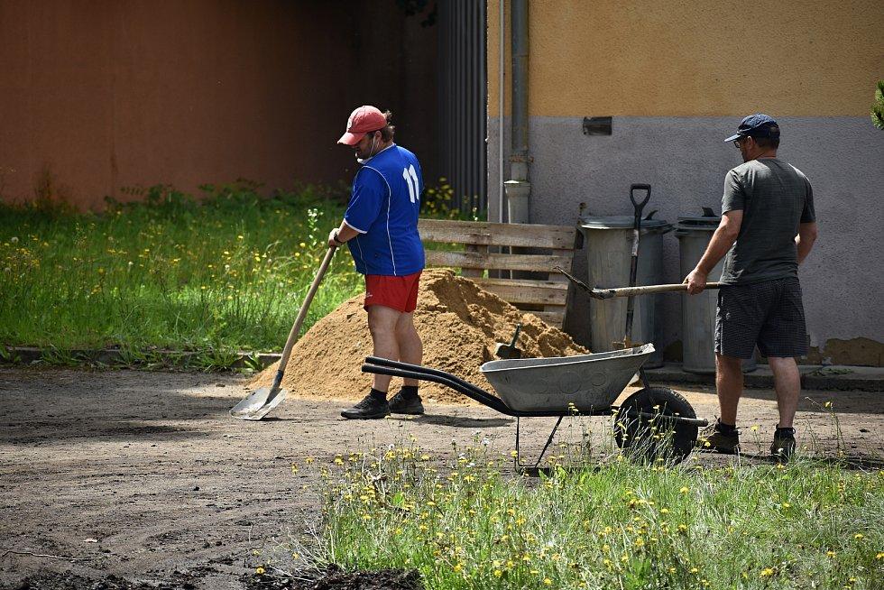 Víkendové přívalové deště vytopily také teplárnu v Bynově, bez teplé vody je 1600 domácností.