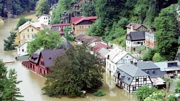 Hřensko povodeň 2002