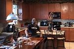 VÍTEJTE. Lamb Autrey v březnu odletěl z Česka do USA. Aktuálně se věnuje rodině, cvičí a nebo natáčí videa.