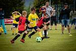FINÁLE. Ti nejmenší fotbalisté bojovali v Březinách o titul okresního přeborníka.