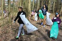 Spolek přátel Rumburku se připojil k akci Ukliďme svět!