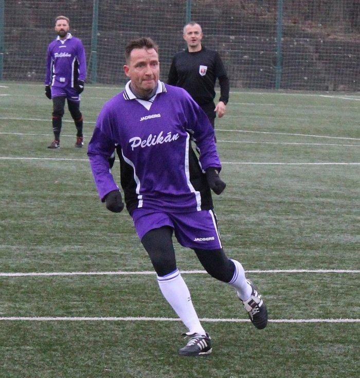 Vladimír Šmicer při tradičním přátelském utkání bývalých hráčů FK Pelikán Děčín.