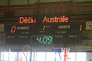 ZAJÍMAVÁ KONFRONTACE. Děčínští hokejisté hostili reprezentaci Austrálie.
